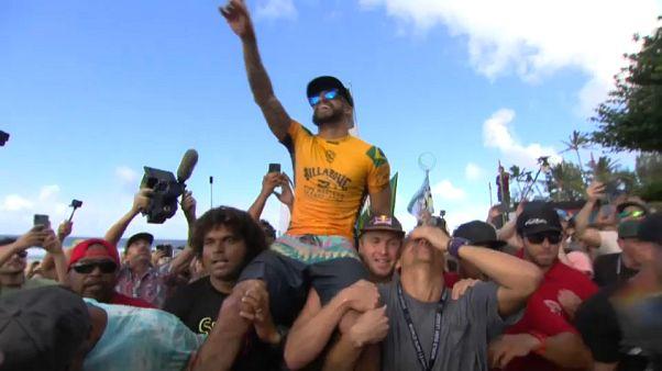 Italo Ferreira se sube a la cresta del surf mundial