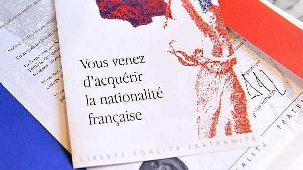 Fransız vatandaşlık testinde hangi sorular soruluyor?