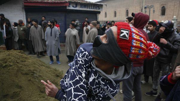 مقتل خمسة متظاهرين خلال صدامات جديدة بين الشرطة ومحتجين في الهند بسبب الجنسية