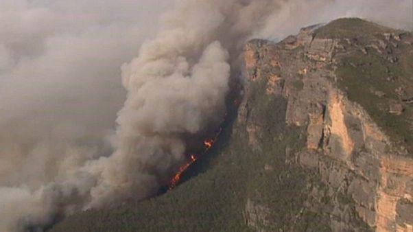 Sídney acechada por el fuego en máximo nivel de alerta