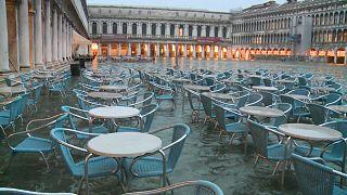 Venice expects 130cm 'acqua alta' peak