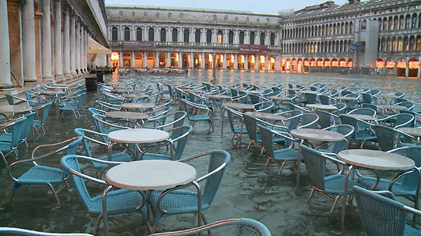 Venice expects 130cm 'acqua alta' peak