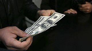 تغییر قیمت ۲۷۰ تومانی دلار در اولین روز زمستان