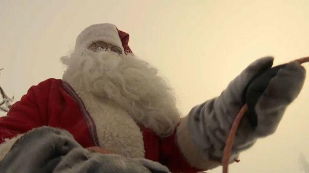 Babbo Natale è partito dalla Lapponia, sta arrivando!