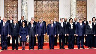 أعضاء الحكومة المصرية بصحبة الرئيس عبد الفتاح السيسي