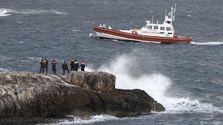 Un guardacostas italiano en las cercanías de la isla de Lampedusa