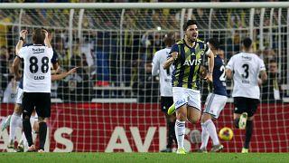 Haftanın derbisinde Fenerbahçe Beşiktaş'ı 3-1 mağlup etti
