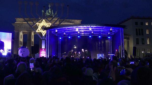 Começou a festa judaica: Feliz Hanukkah