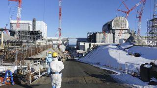 Fukuşima'daki radyoaktif suyun denize ya da havaya bırakılması önerisi