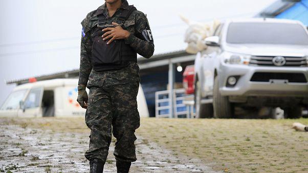 Honduras'ta ıslahevinde çıkan kavgada 16 mahkum öldü