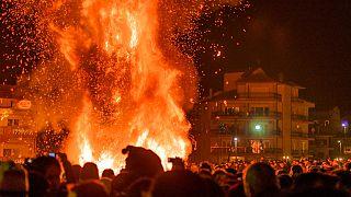 Χριστούγεννα - Παραδόσεις: Οι φωτιές της Φλώρινας