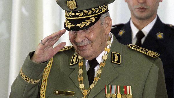 В Алжире скончался влиятельный военачальник