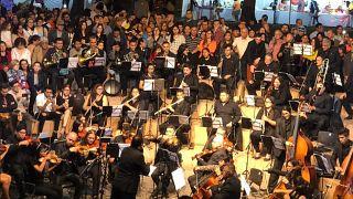 """""""Concierto de Navidad"""" ofrecido por la Sinfónica Migrante en Perú, el 21 de diciembre de 2019."""