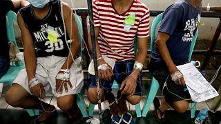 Filipinler'de hindistan cevizi şarabından zehirlenen 11 kişi öldü, 300 kişi tedavi altında