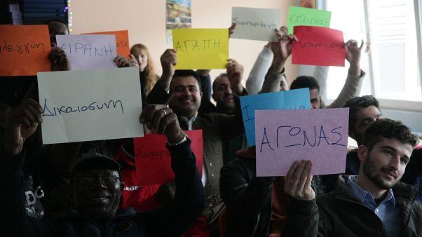 Οι πρόσφυγες και οι αιτούντες άσυλο που παρακολούθησαν το πρόγραμμα «Intensive Greek creates the Link»