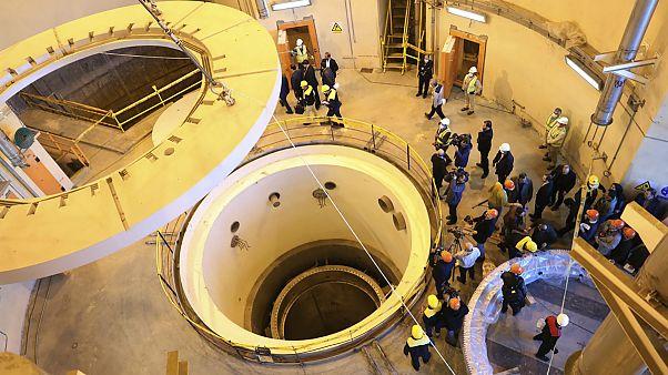 نصب تجهیزات جدید در راکتور آب سنگین اراک