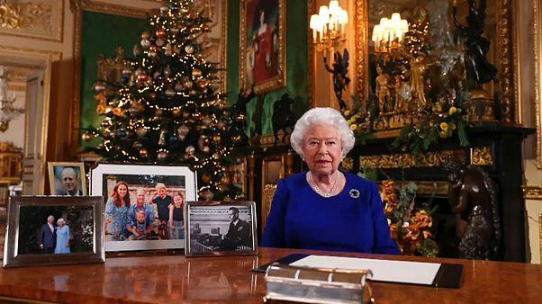 Τι θα πει η Βασίλισσα Ελισάβετ στο φετινό χριστουγεννιάτικο μήνυμα της
