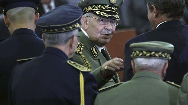 أحمد قايد صالح خلال ترسيم عبد المجيد تبون