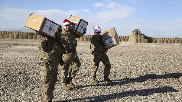 هدایای بابا نوئل برای سربازان آمریکایی در سوریه