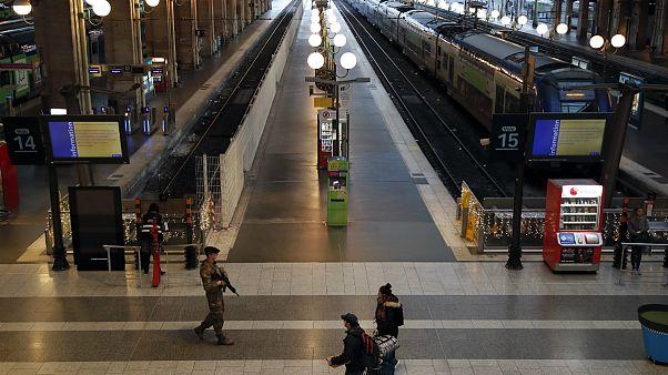 اعتصاب کارکنان شبکه حمل و نقل ریلی در فرانسه