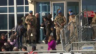 تركيا تتحدى محكمة أوروبية وترفض الإفراج عن رجل الأعمال عثمان كافالا