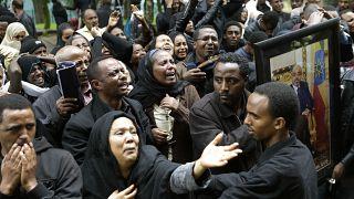 Dört cami ateşe verildi, Etiyopyalılar sokağa döküldü