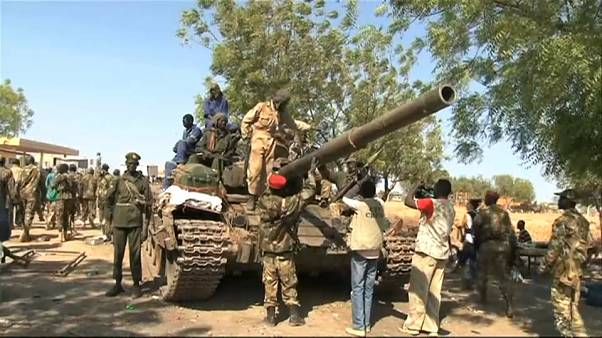 Sudan, una firma per la pace: entro febbraio il governo unitario di transizione
