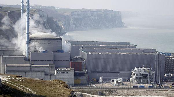 La centrale nucléaire de Penly dans le département de Seine-Maritime, le 6 avril 2012