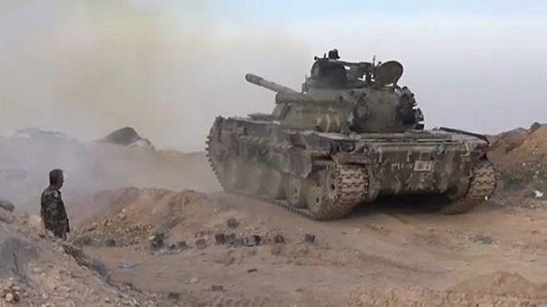 Ofensiva síria avança na província de Idlib
