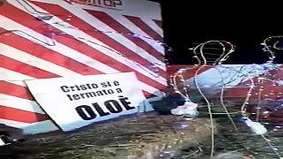 Sardegna: il presepe di protesta sul ponte interrotto dopo l'alluvione del 2013