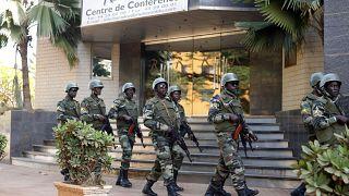 Теракт в Буркина-Фасо: десятки погибших