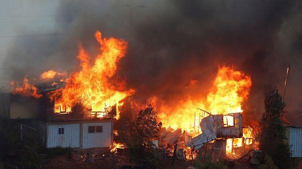Χιλή: Πυρκαγιά στο Βαλπαραΐσο - Στάχτη 120 σπίτια