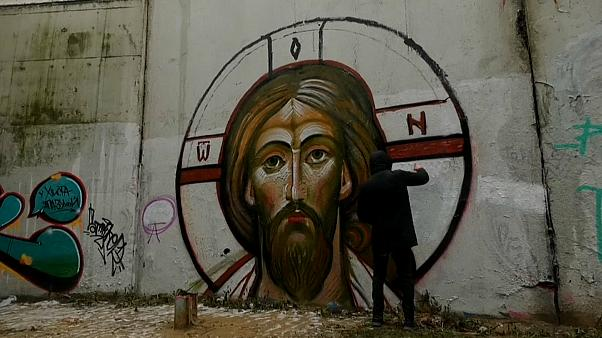 Jesus und Maria: Russische Graffiti-Künstler sprayen religiöse Bilder