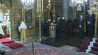 Yunanistan Dışişleri Bakanı Dendias, Fener Rum Patrikhanesi'nde Noel ayinine katıldı
