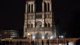 Pas de messe de Noël à Notre Dame, une première depuis la révolution française