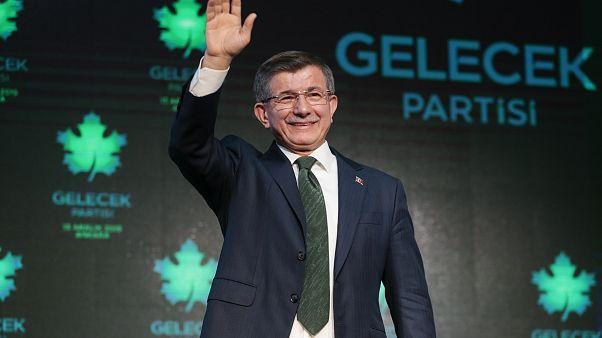 Gelecek Partisi lideri Ahmet Davutoğlu gölge kabineyi açıkladı