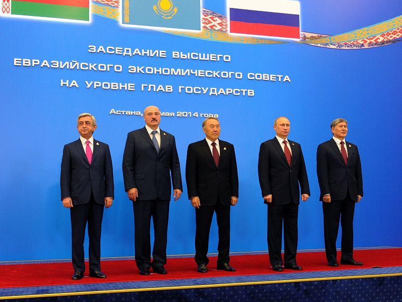 AP /RIA-Novosti, Mikhail Klimentyev, Presidential Press Service