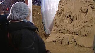 Jézus születési jelenetei homokból