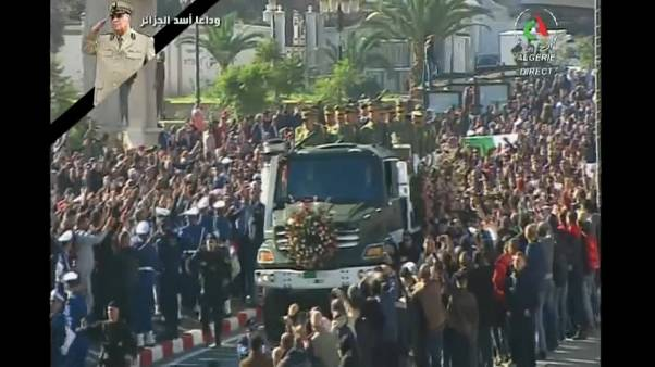 Algérie : des funérailles d'État pour le général Ahmed Gaïd Salah