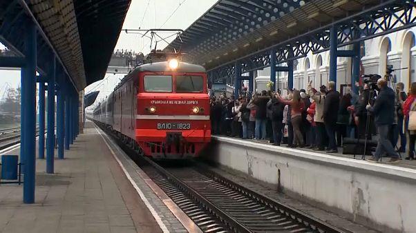 Primo treno russo arriva in Crimea