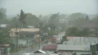 Pusztítást hozott karácsonykor a vihar a Fülöp-szigetek középső részén