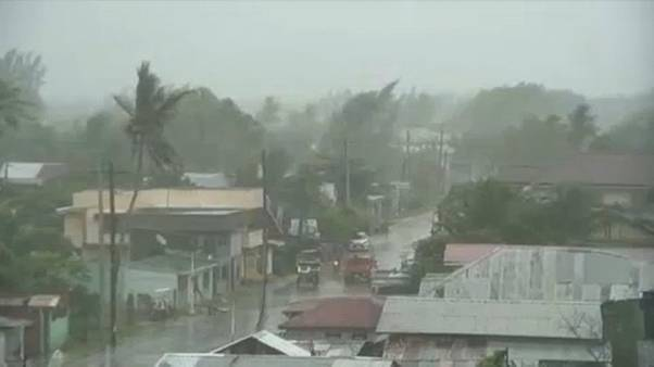 Typhoon Phanfone brings flash floods to Philippines
