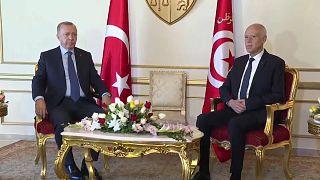 La Libye au centre d'une visite d'Erdogan en Tunisie