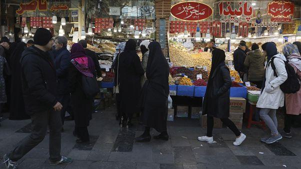 قطع الانترنت في عدة محافظات إيرانية عشية إحياء ذكرى قتلى الاحتجاجات