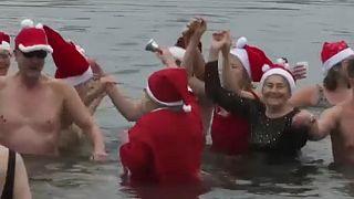 Hagyományos karácsonyi csobbanás