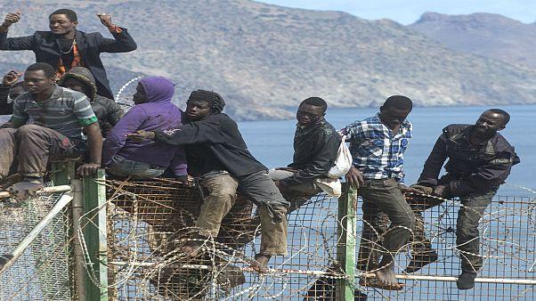 توقيف عدة أشخاص يشتبه بارتباطهم بشبكات الهجرة غير الشرعية في المغرب