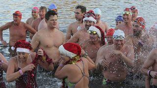 المتسابقون البريطانيون في بحيرة سربنتاين