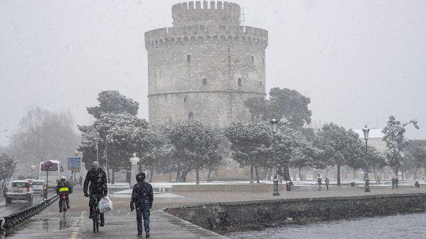 Ελλάδα: Η «Ζηνοβία» φέρνει χιόνια και κρύο