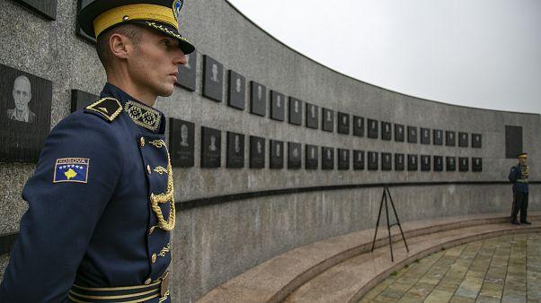 Το παρελθόν που στοιχειώνει το Κόσοβο και οι προκλήσεις του μέλλοντος