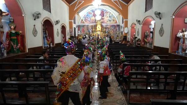 Au Pérou, des descendants d'esclaves dansent Jésus